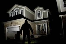 Protect Your Personal Property and Close the Garage Door